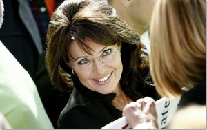 sarah_palin_in_crowd_smiling_thumb2
